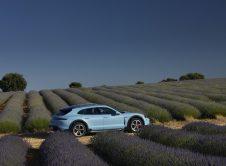 Porsche Taycan Cross Turismo 022