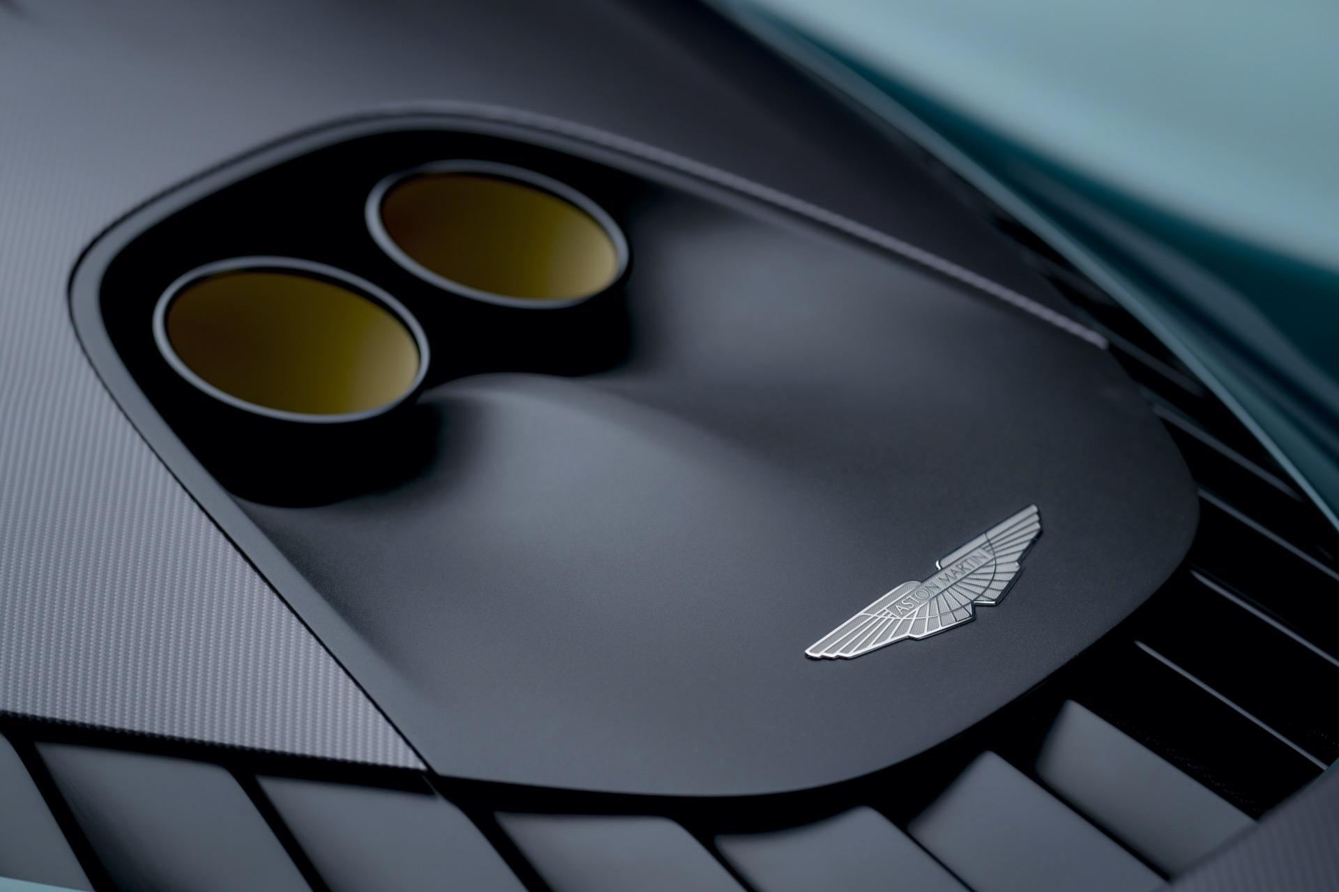 Aston Martin Valhalla 10
