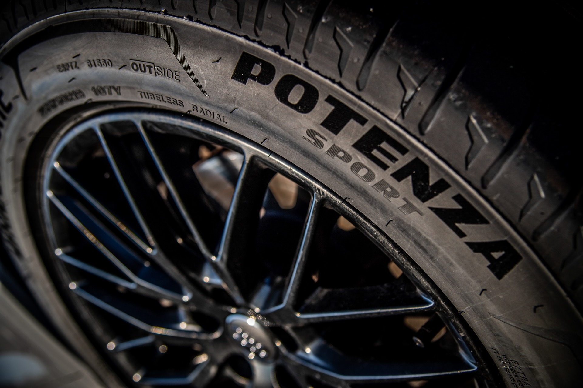 Bridgestone Potenza Sport 12