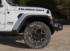 Jeep Wrangler Hibrido 26