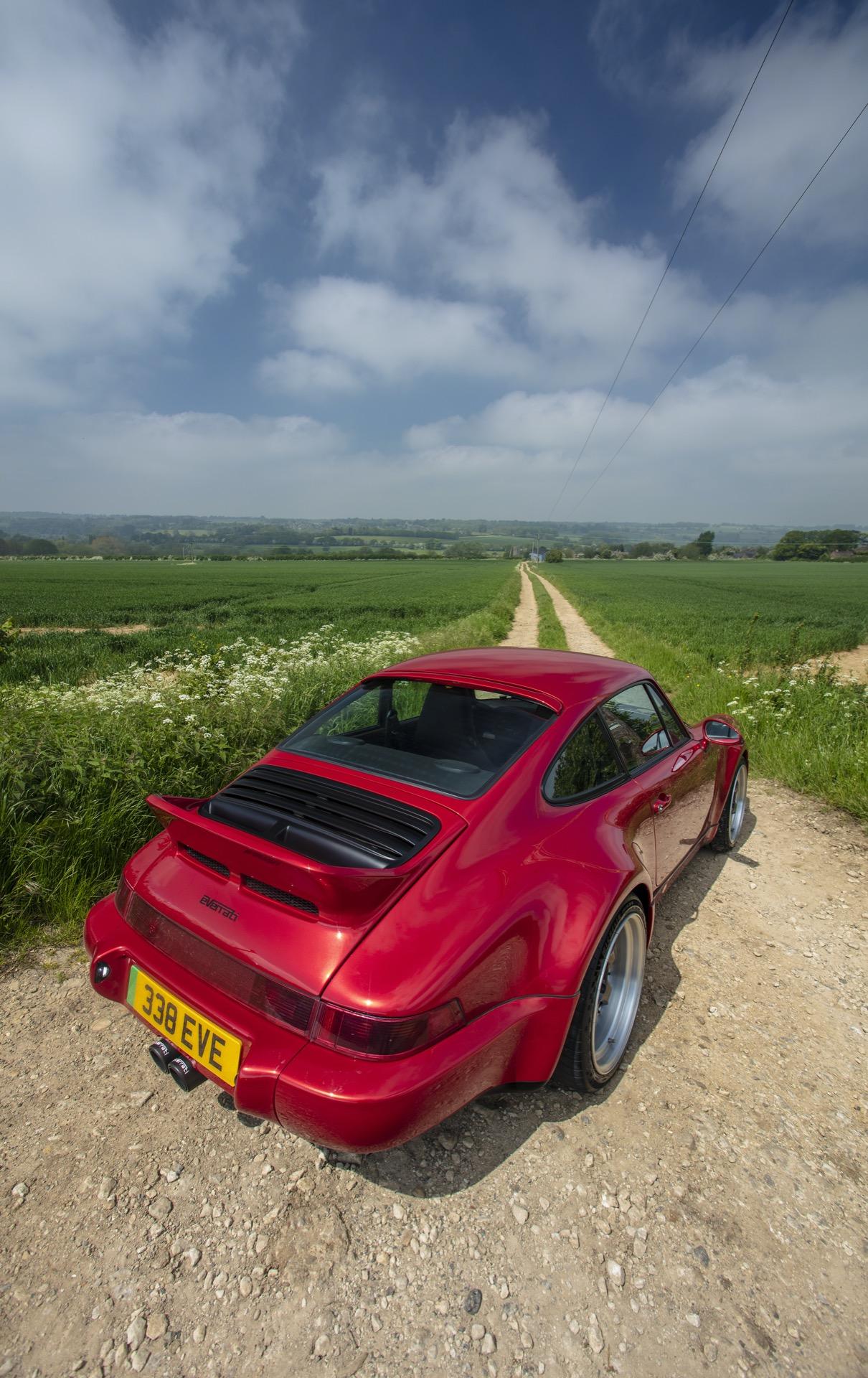 Porsche 911 Everrati 3