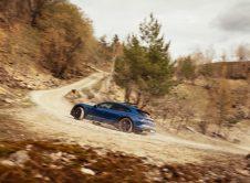 Porsche Taycan Cross Turismo 10