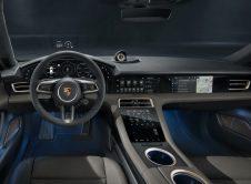 Porsche Taycan Cross Turismo 60