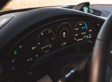 Porsche Taycan Cross Turismo 69