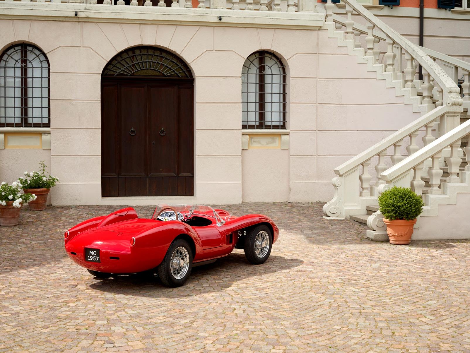 Ferrari Testa Rossa J (12)