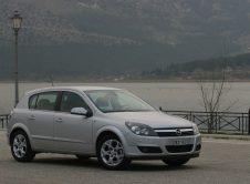 Opel Astra 30 Aniversario 07