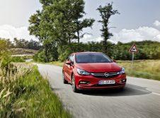 Opel Astra 30 Aniversario 09