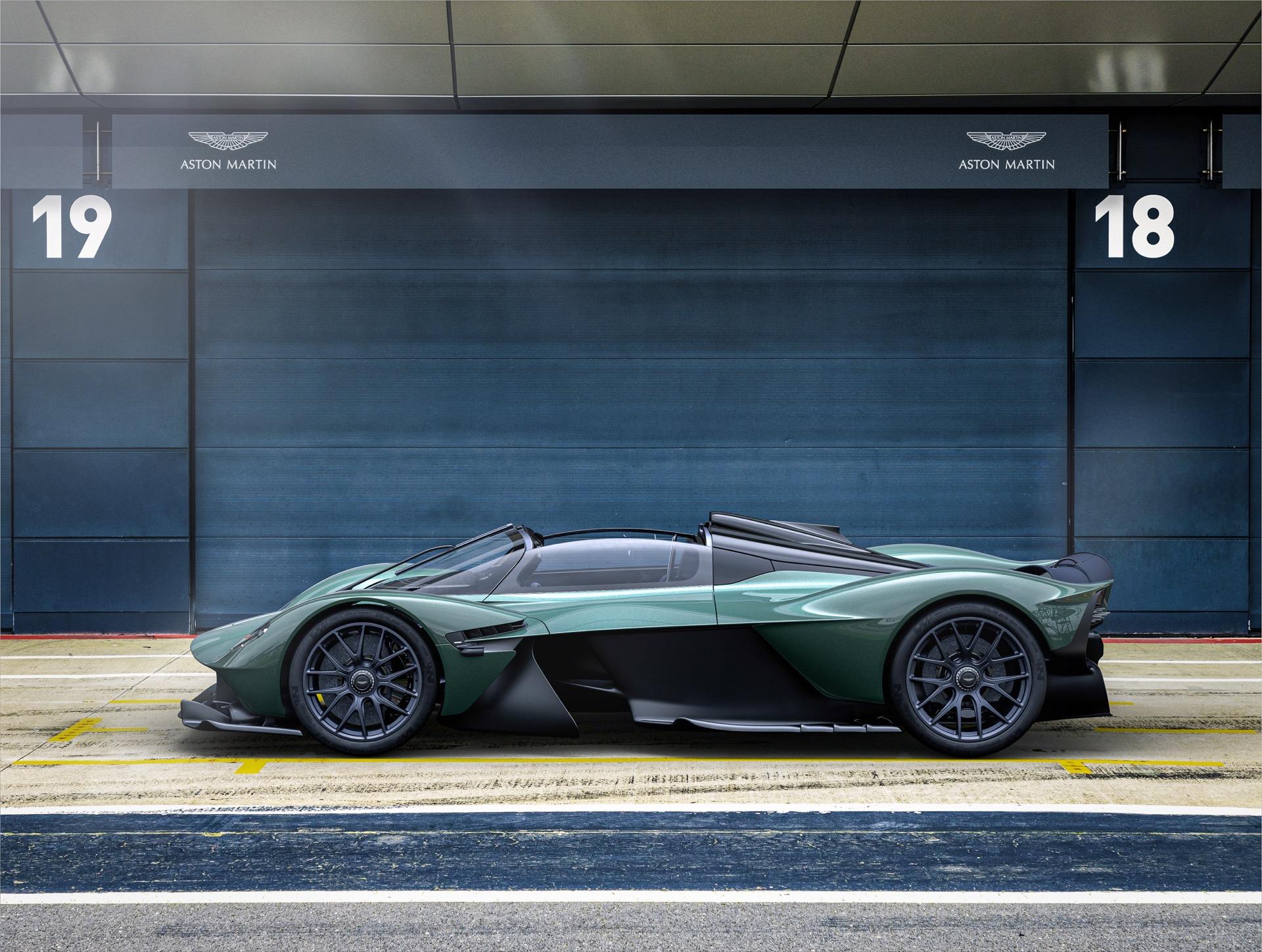 Aston Martin Valkyrie Spider 2