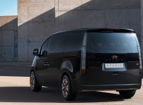Hyundai Staria Alemania (3)