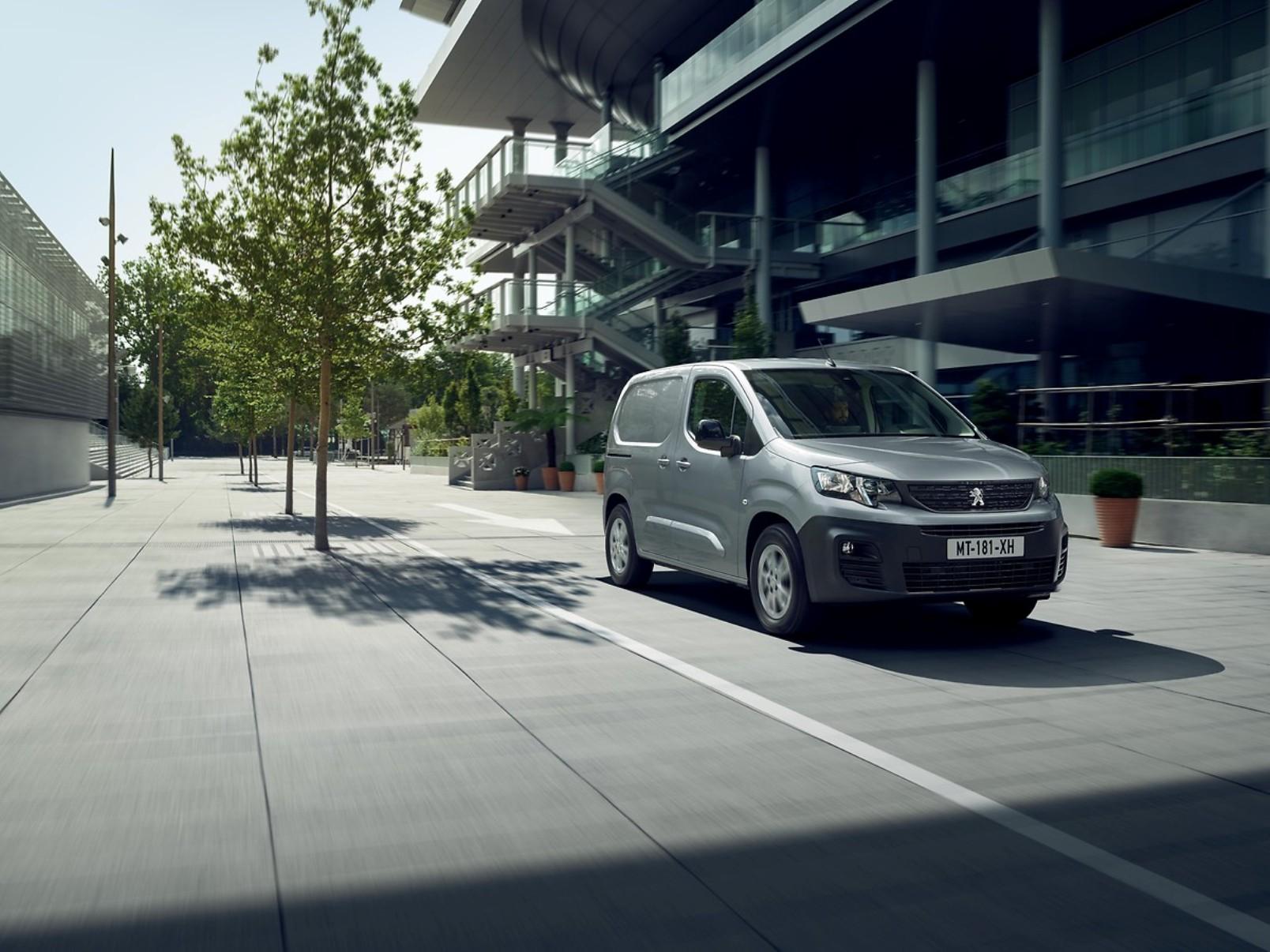 Peugeot E Partner (1)