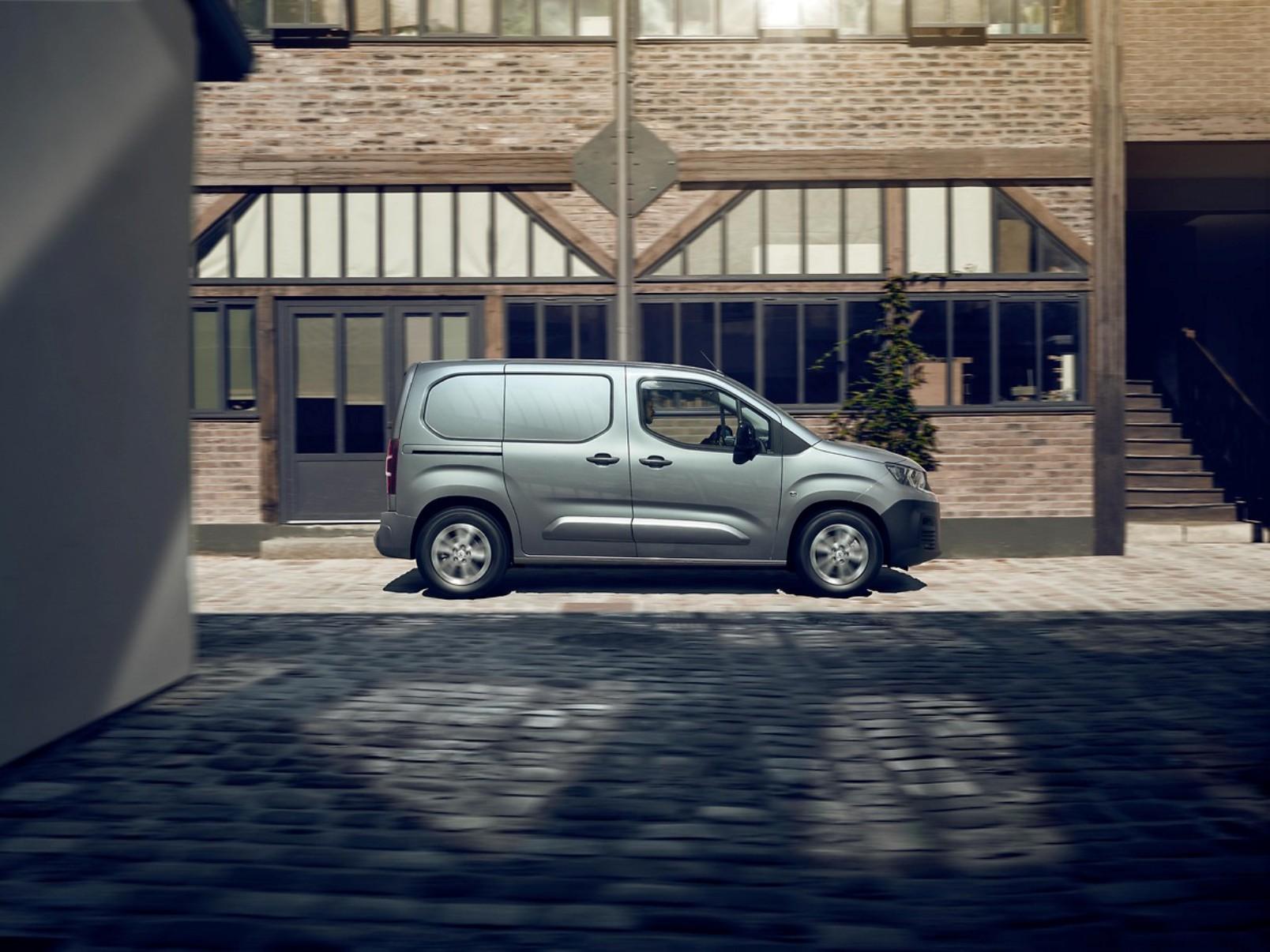 Peugeot E Partner (2)