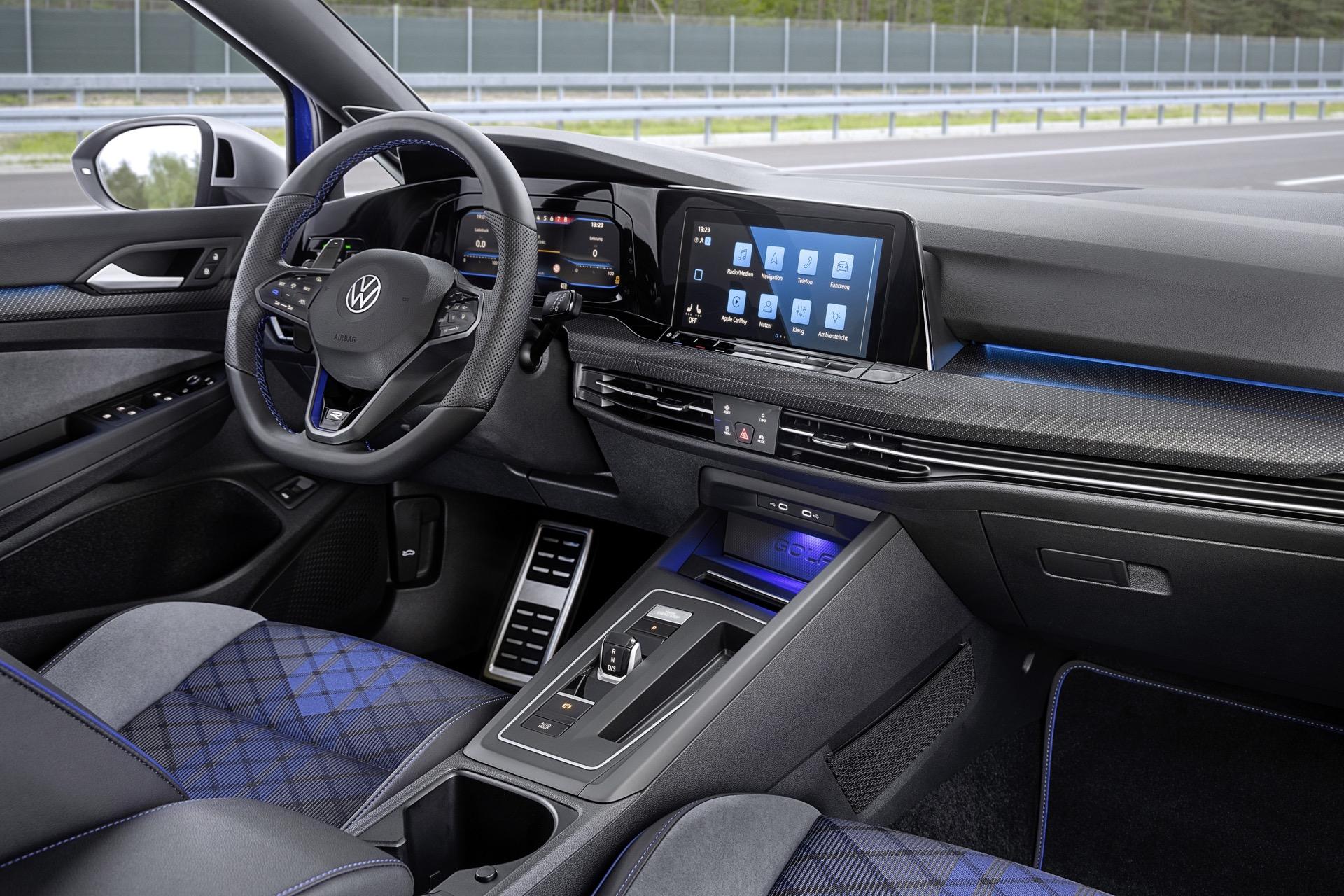 Volkswagen Golf Variant R 3