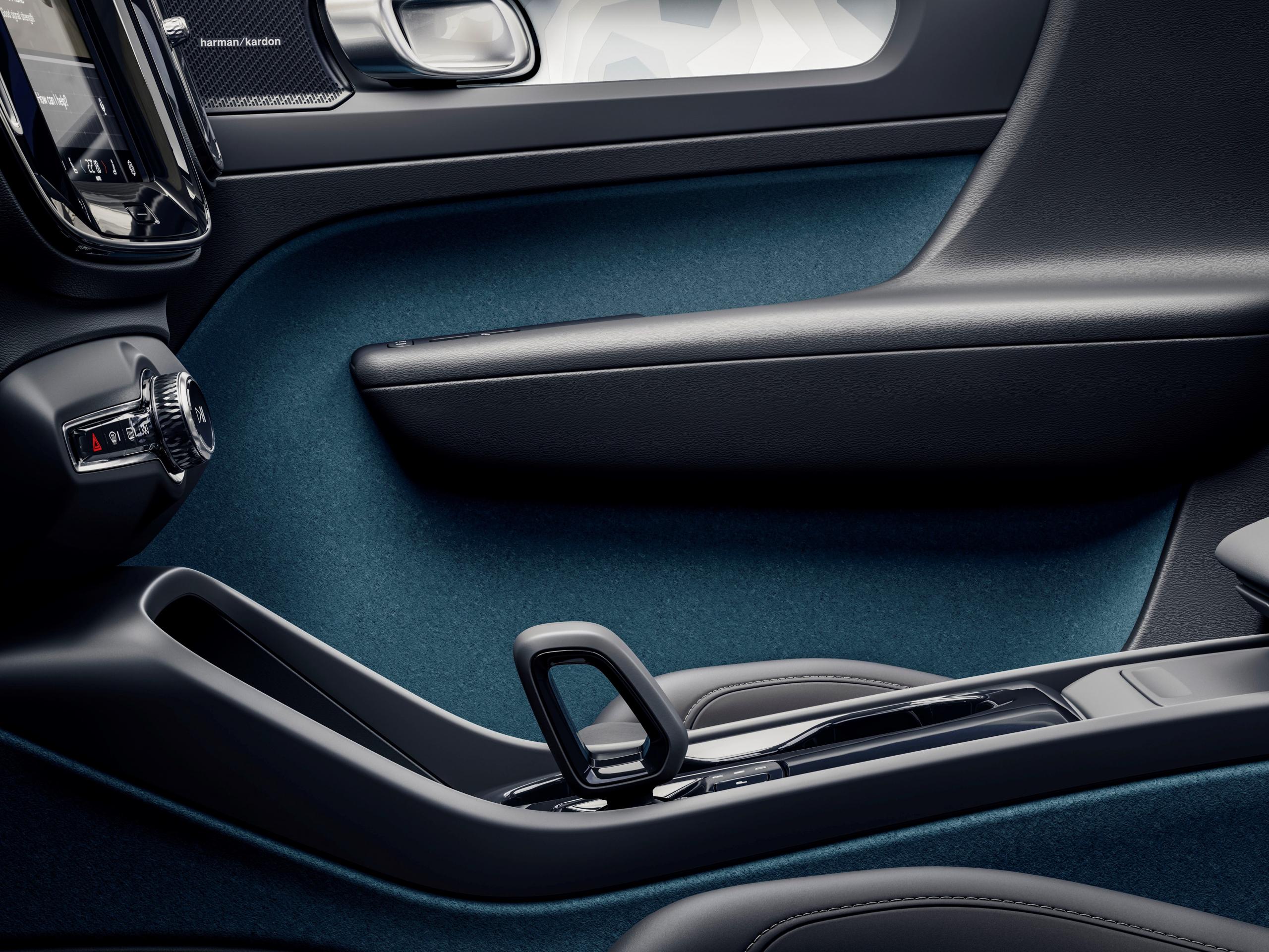 Volvo C40 Recharge Tapiceria
