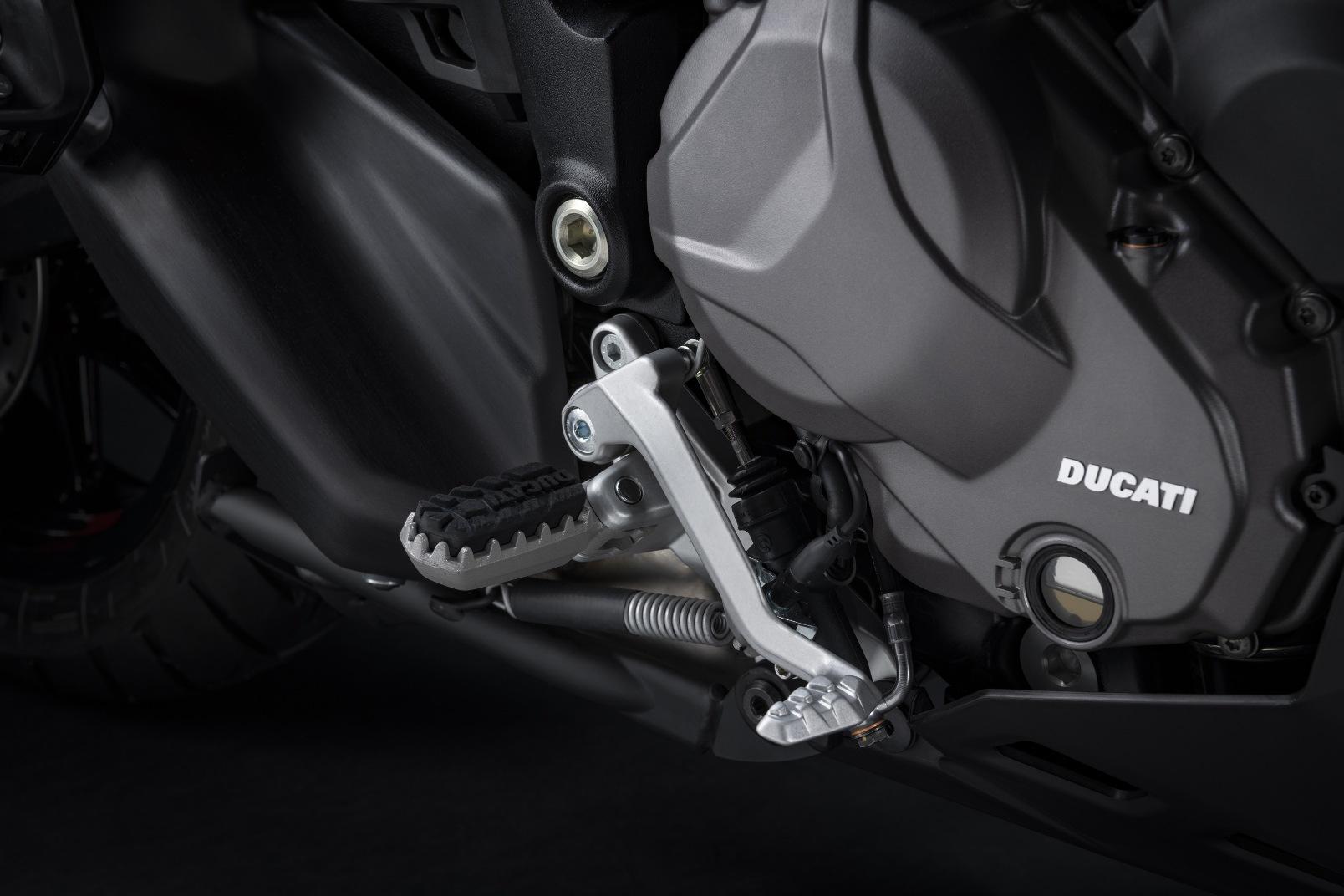Ducati Multistrada V2 2022 (6)