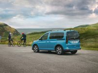 Ford Tourneo Connect 2022 (4)