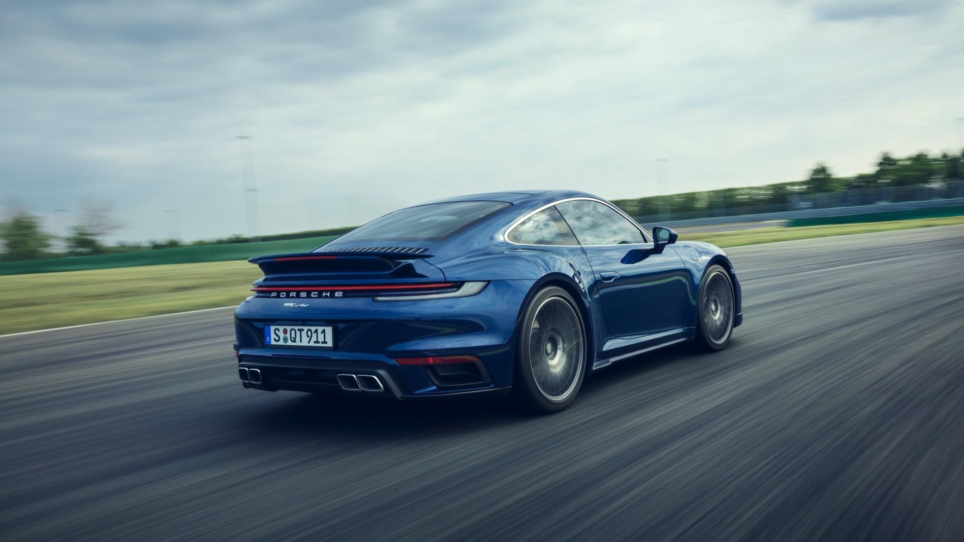 Porsche 911 Turbo (2)