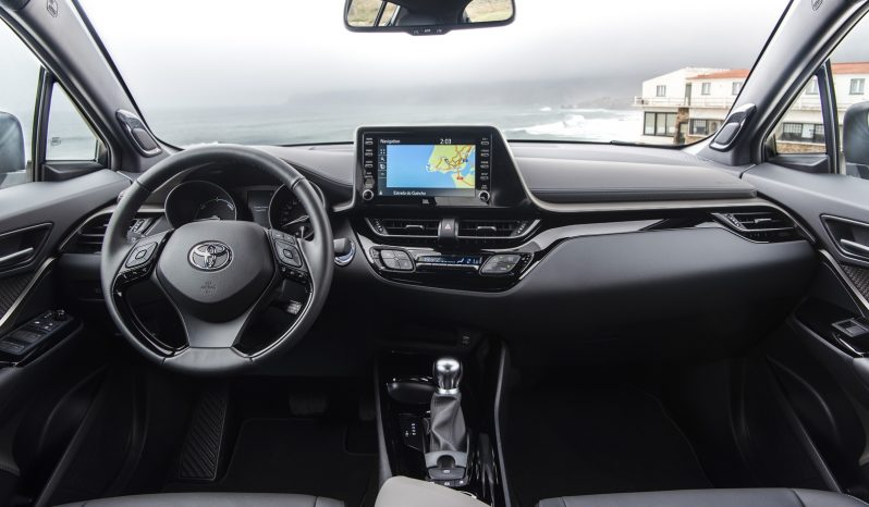 Toyota C-HR lleno