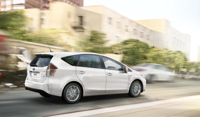 Toyota Prius+ lleno