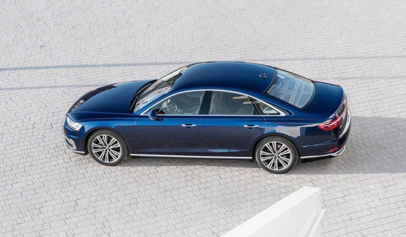 Audi A8 lleno