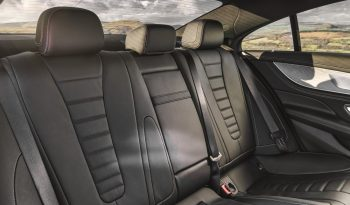 Mercedes-Benz CLS lleno
