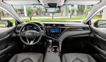 Toyota Camry lleno