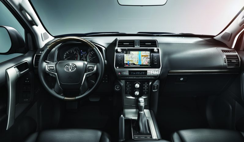 Toyota Land Cruiser lleno