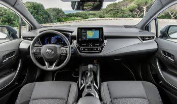 Toyota Corolla lleno